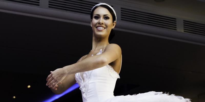 https: img-z.okeinfo.net content 2014 12 15 194 1079498 ajang-miss-world-2014-berkesan-bagi-kontestan-as-srw5BoNf56.jpg