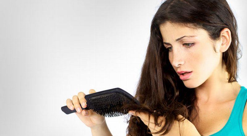 https: img-z.okeinfo.net content 2014 12 29 83 1085191 perawatan-sederhana-atasi-rambut-kering-PfZEc7VZPr.jpg