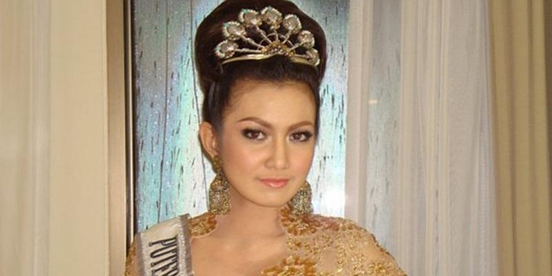 https: img-z.okeinfo.net content 2014 12 30 196 1085809 puteri-indonesia-pariwisata-2008-lolos-dari-kecelakaan-airasia-tzfPF5qjPc.jpg