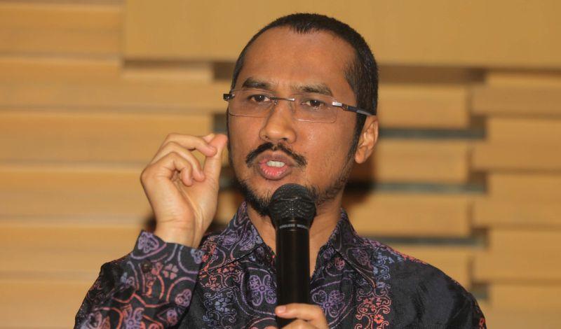 https: img-z.okeinfo.net content 2015 02 17 17 1106821 abraham-samad-advokat-pemberantas-korupsi-JNarurlolG.jpg