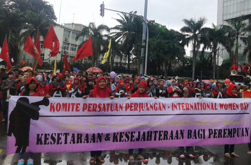 https: img-z.okeinfo.net content 2015 03 08 337 1115343 harapan-buruh-wanita-pada-international-women-s-day-z0ykvDuyCf.jpg