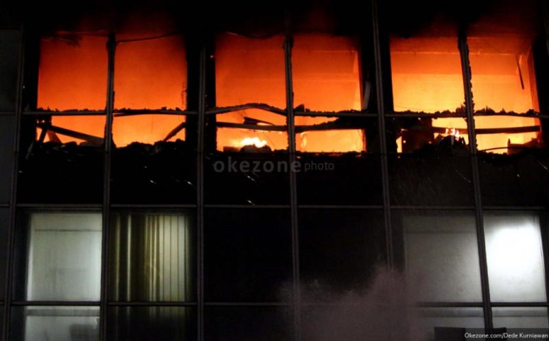 https: img-z.okeinfo.net content 2015 03 25 470 1124153 pembenahan-gedung-wisma-kosgoro-butuh-rp1-2-triliun-3ieaQCPfQe.jpg