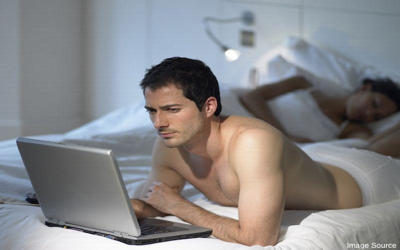 https: img-z.okeinfo.net content 2015 08 29 481 1204519 benarkah-video-porno-merusak-otak-manusia-1IIdNp4rvA.jpg