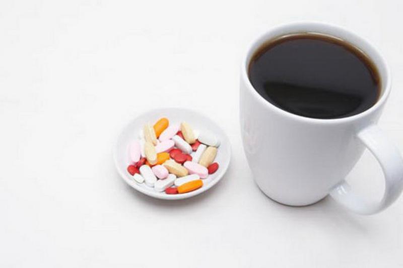 https: img-z.okeinfo.net content 2016 01 09 481 1284312 kombinasi-minum-kopi-obat-pelangsing-picu-serangan-jantung-AQc7yiOIAb.jpg