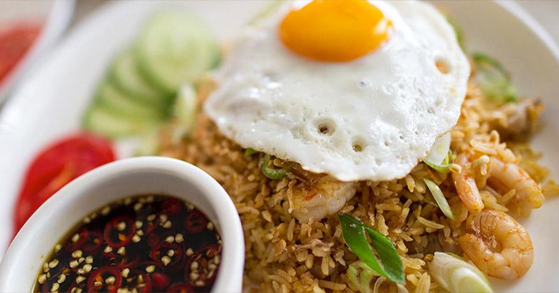https: img-z.okeinfo.net content 2016 04 14 298 1362822 10-makanan-wajib-di-menu-orang-indonesia-pdVDJea25q.jpg