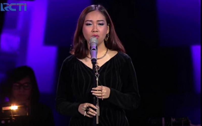 https: img-z.okeinfo.net content 2016 04 22 205 1370087 mengenal-lebih-dekat-gloria-jessica-fenomena-baru-the-voice-indonesia-H788InnHgH.jpg