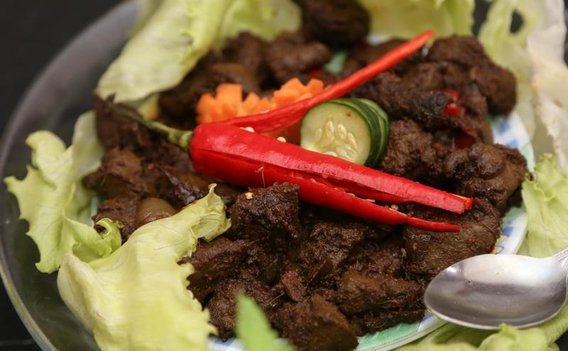 https: img-z.okeinfo.net content 2016 05 26 298 1397887 jelang-indonesian-weekend-chef-degan-belanja-di-pasar-tradisional-london-2pgCyQzGp5.jpg