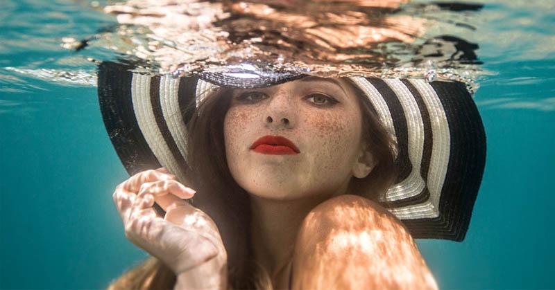 https: img-z.okeinfo.net content 2016 07 01 92 1430824 tips-memotret-foto-underwater-ala-fotografer-profesional-1dEFqpoIvb.jpg