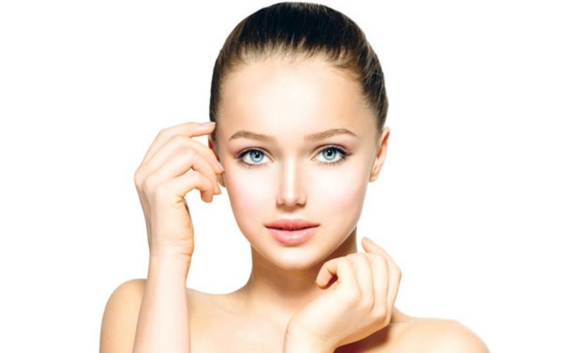 https: img-z.okeinfo.net content 2016 07 02 194 1431589 tips-make-up-cantik-untuk-pelamar-kerja-I24AoNMJLs.jpg
