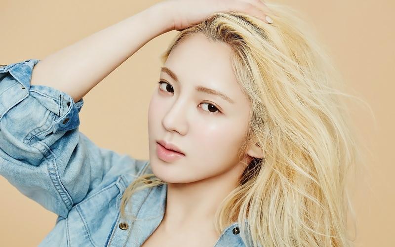 https: img-z.okeinfo.net content 2016 07 23 205 1444914 hyeoyeon-ingin-pertegas-imej-snsd-tO5GYTZRpt.jpg