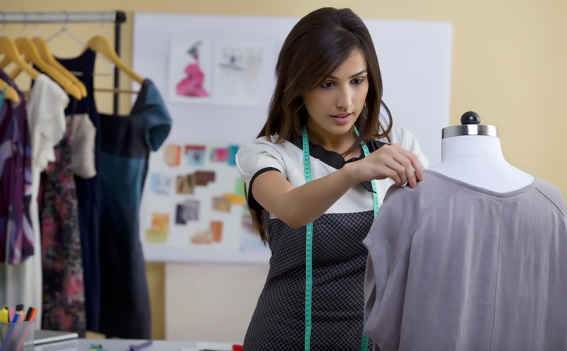 https: img-z.okeinfo.net content 2016 08 17 194 1466252 majukan-industri-tekstil-indonesia-regulasi-impor-harus-diperketat-CpRb6ECDGu.jpg