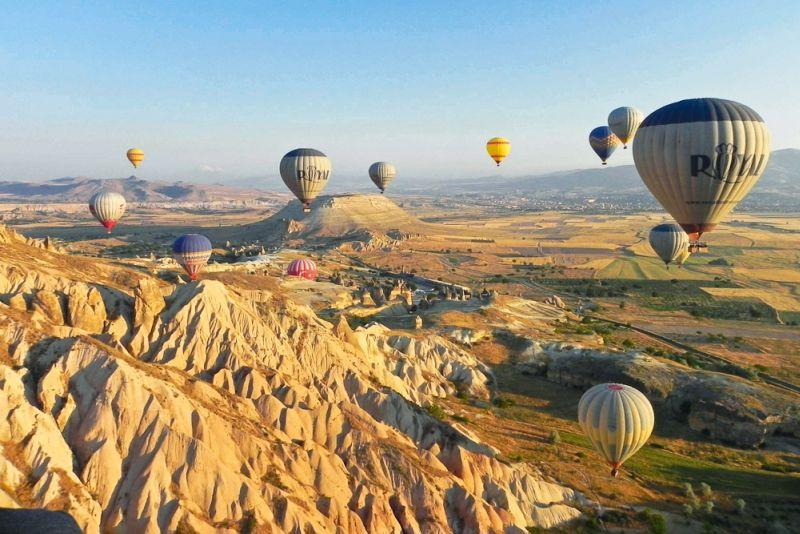 https: img-z.okeinfo.net content 2016 08 30 406 1476817 5-negara-miliki-panorama-terbaik-dari-balon-udara-wuYCsinh9l.jpg