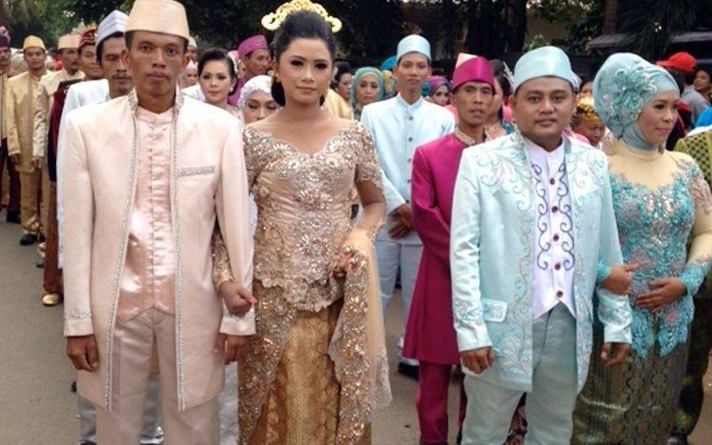 https: img-z.okeinfo.net content 2016 09 22 340 1495922 191-wni-pasutri-di-malaysia-akan-dinikahkan-gWCUJNo4fA.jpg