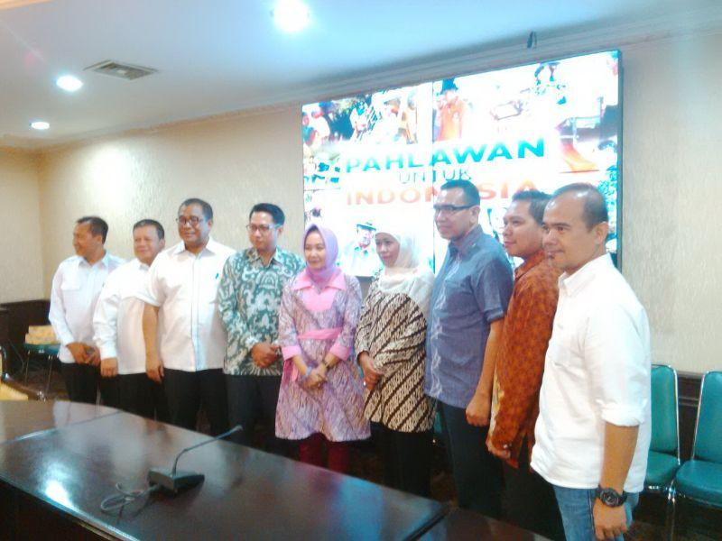 https: img-z.okeinfo.net content 2016 10 17 337 1517210 gelaran-pahlawan-untuk-indonesia-bisa-kikis-perbedaan-indonesia-ZKxMdARPkA.jpg