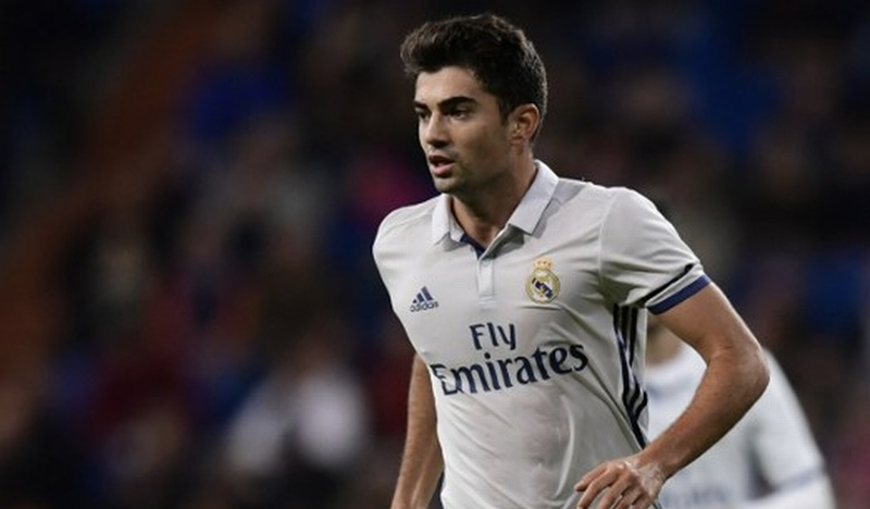 https: img-z.okeinfo.net content 2016 12 02 46 1556626 enzo-zidane-bangga-cetak-gol-di-debutnya-bersama-madrid-ItuR24MT5E.jpg