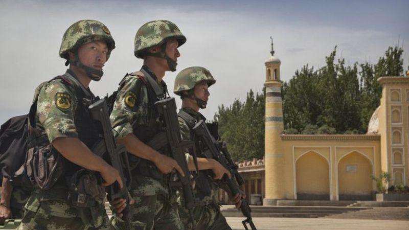 https: img-z.okeinfo.net content 2016 12 29 18 1577987 china-tembak-empat-muslim-uighur-penyerang-gedung-partai-komunis-zEoiXFQVS2.jpg