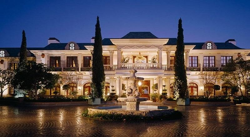 https: img-z.okeinfo.net content 2016 12 30 470 1579428 mansion-yang-dibangun-oleh-ayah-gigi-hadid-dijual-rp1-14-triliun-VWPFE86Mdf.JPG