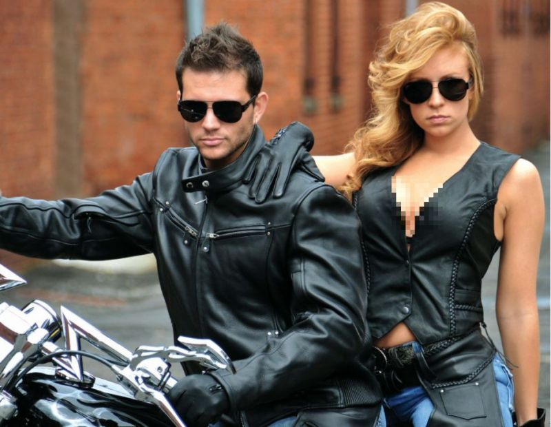 https: img-z.okeinfo.net content 2017 01 11 194 1589086 gunakan-kondisioner-agar-jaket-kulit-tidak-mengelupas-uQwzSAOV6Y.jpg