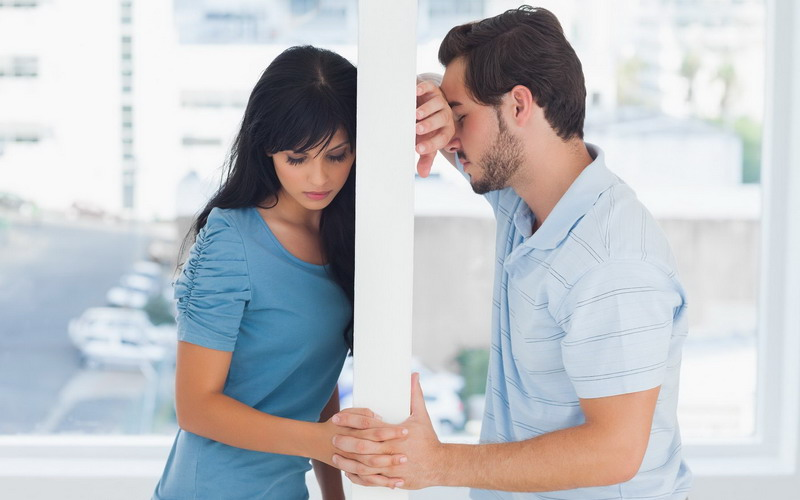 https: img-z.okeinfo.net content 2017 01 11 196 1588830 periskop-2017-suami-istri-harus-banyak-sabar-tahun-ini-agar-terhindar-dari-perceraian-Sbi7qirWwq.jpg