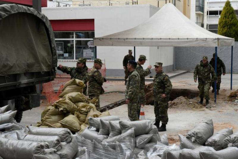 https: img-z.okeinfo.net content 2017 02 12 18 1616308 250-kilogram-bom-dijinakkan-puluhan-ribu-warga-dievakuasi-78HGSBS5je.jpg