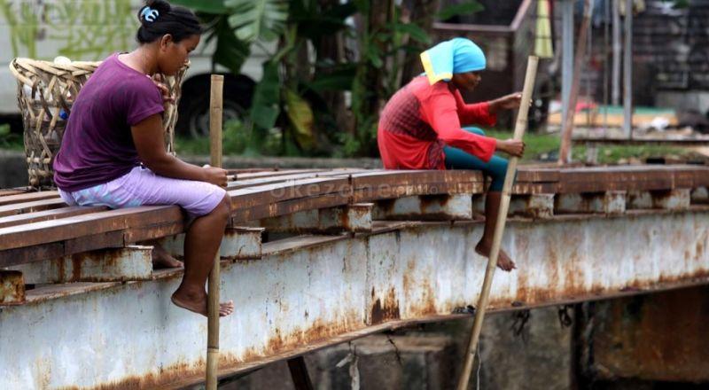 https: img-z.okeinfo.net content 2017 03 06 320 1635064 mengurangi-kemiskinan-dan-kesenjangan-ekonomi-daerah-gAJrvMjFCX.jpg