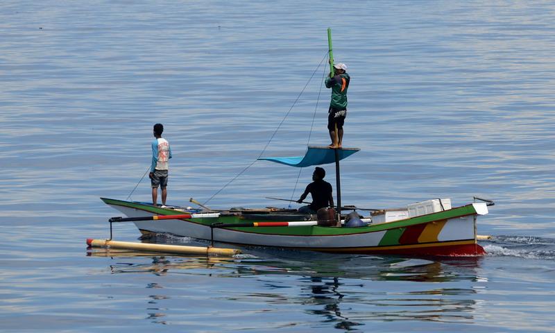 https: img-z.okeinfo.net content 2017 03 13 525 1641159 nelayan-indramayu-ditemukan-tewas-di-atas-kapal-FPtLkMRFDU.jpg