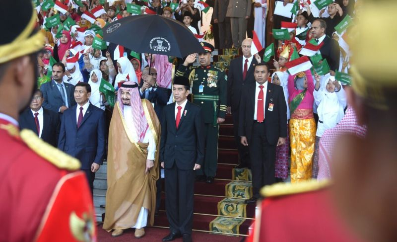https: img-z.okeinfo.net content 2017 04 15 20 1668306 fenomena-investasi-china-dapat-rp870-triliun-vs-indonesia-rp93-triliun-dari-raja-arab-cxXPpcWezG.jpg