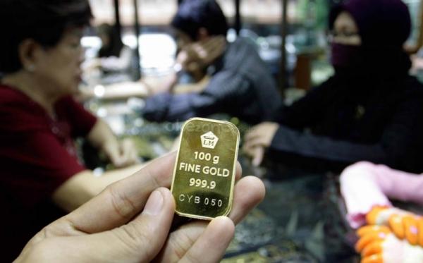 https img z okeinfo net content 2017 04 21 320 1673091 naik rp2 000 harga emas antam dibanderol rp607 ribu TJlEFgkbWQ jpg