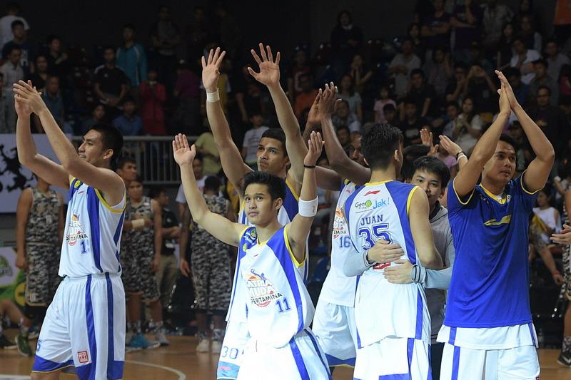 https: img-z.okeinfo.net content 2017 05 04 36 1683240 legenda-basket-indonesia-prediksi-satria-muda-juara-ibl-2017-bhbtQojS1l.jpg