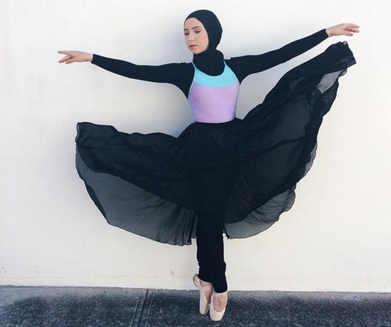 https: img-z.okeinfo.net content 2017 05 08 196 1686005 pernah-putus-asa-tak-bisa-menari-lagi-selamanya-stephanie-kurlow-jadi-balerina-berhijab-pertama-di-dunia-RUQAyFiVGb.jpg