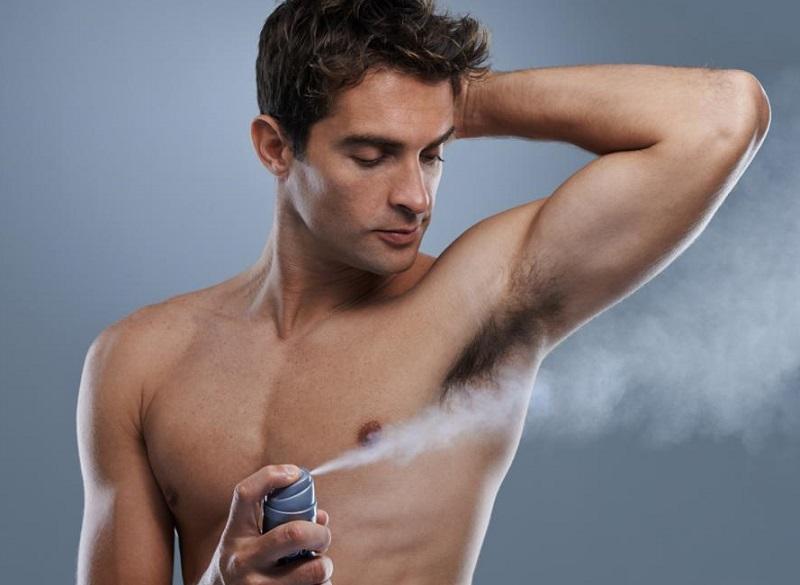 https: img-z.okeinfo.net content 2017 05 22 194 1697054 deodoran-roll-on-atau-spray-yang-lebih-baik-melindungi-tubuh-dari-bau-badan-z46nv2Tkk7.jpg