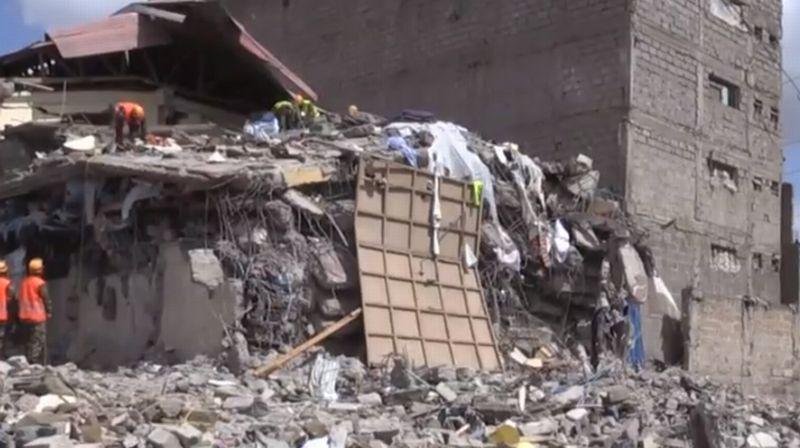 https: img-z.okeinfo.net content 2017 06 14 18 1715498 sebuah-gedung-di-kenya-roboh-mendadak-dua-anak-terjebak-reruntuhan-selama-24-jam-l9O4z7K4tZ.jpg