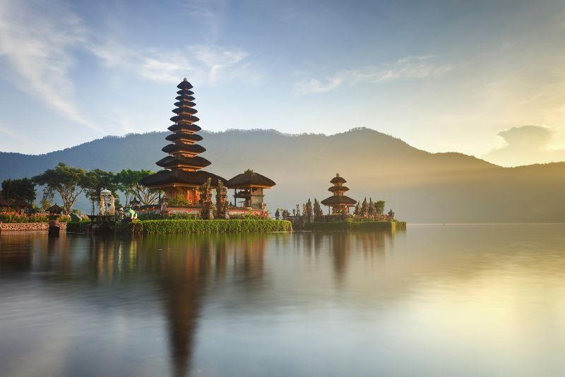 https: img-z.okeinfo.net content 2017 06 14 406 1716258 10-bali-baru-semoga-mampu-dongkrak-gairah-wisata-indonesia-rcWWuoQY0o.jpg