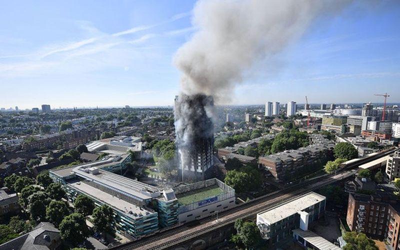 https: img-z.okeinfo.net content 2017 06 15 18 1716445 wali-kota-sadiq-khan-sangat-sedih-akibat-insiden-kebakaran-apartemen-di-london-umbqRLsARn.jpg