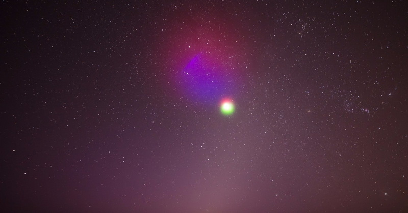https: img-z.okeinfo.net content 2017 06 18 56 1719087 pakai-roket-nasa-bikin-awan-berwarna-di-luar-angkasa-128uvJvMmm.jpg