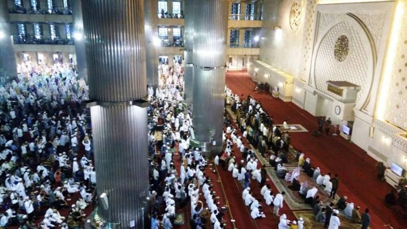 Jokowi Shalat Idul Fitri di Masjid Istiqlal