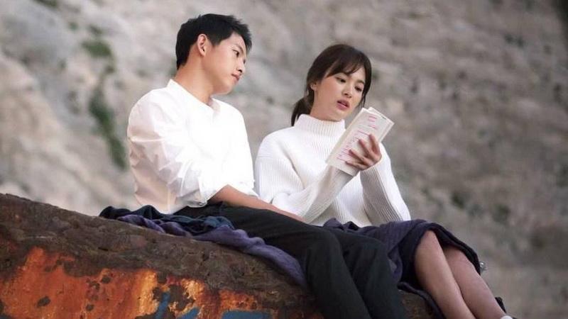 https img z.okeinfo.net content 2017 07 13 33 1735008 tenang dan bijaksana song hye kyo bikin song joong ki kepincut JqPjCjHhcR.jpg