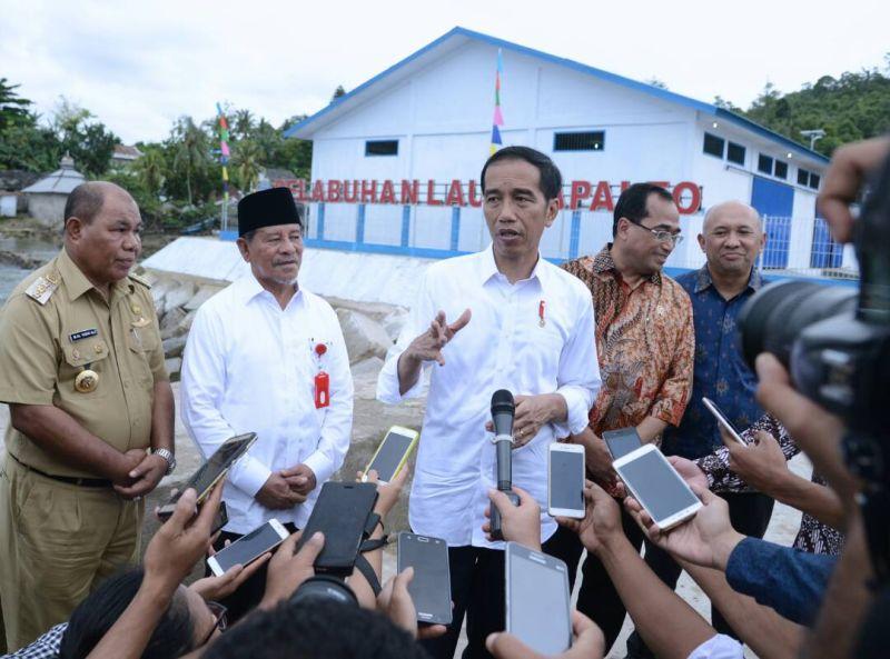 https: img-z.okeinfo.net content 2017 08 02 337 1748779 indonesia-sentris-mengupas-lebih-dalam-visi-pembangunan-presiden-jokowi-eW5uy6Dkq2.jpg