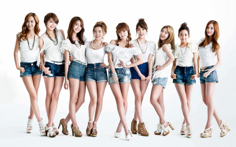 https: img-z.okeinfo.net content 2017 08 04 205 1750150 resmi-comeback-snsd-rilis-mv-holiday-dan-all-night-sV0E2e37jO.jpg