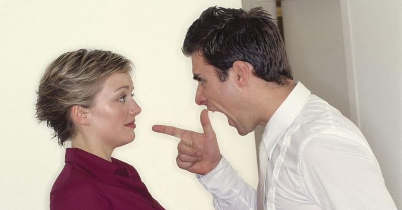 https: img-z.okeinfo.net content 2017 08 08 196 1752072 suami-istri-bertengkar-jangan-baper-ini-pertanda-anda-akan-makin-mencintai-Uf3QVQ7hKV.jpg