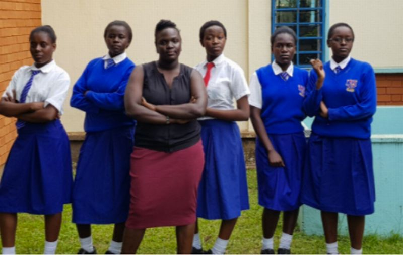 https: img-z.okeinfo.net content 2017 08 10 207 1753626 keren-remaja-kenya-ini-ciptakan-aplikasi-untuk-keselamatan-wanita-6bBEz9j9LR.jpg