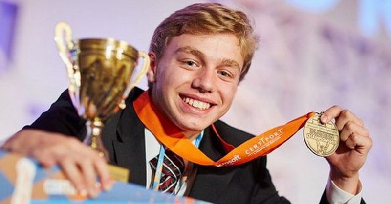 https: img-z.okeinfo.net content 2017 08 11 207 1754054 wow-masih-17-tahun-remaja-ini-juara-kompetisi-excel-tingkat-dunia-4KjTVwD4oN.jpg