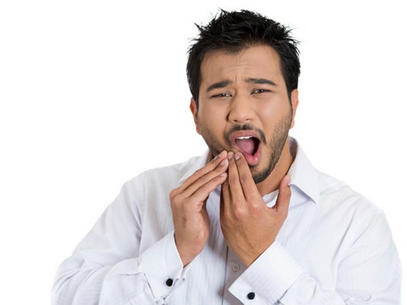 https: img-z.okeinfo.net content 2017 08 25 481 1762854 sariawan-tidak-kunjung-sembuh-normal-atau-gejala-kanker-mulut-NxRPmme7df.jpg