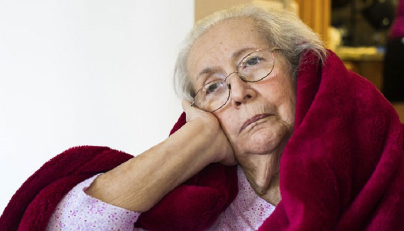 https: img-z.okeinfo.net content 2017 08 26 481 1763614 usia-semakin-tua-jangan-sering-sering-begadang-kurang-tidur-meningkatkan-risiko-demensia-cWa83a23ry.jpg