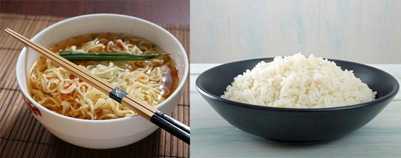 https img z.okeinfo.net content 2017 09 13 481 1775060 awas ternyata makan mi bareng nasi berbahaya bagi kesehatan v2rMZgcrJX.jpg