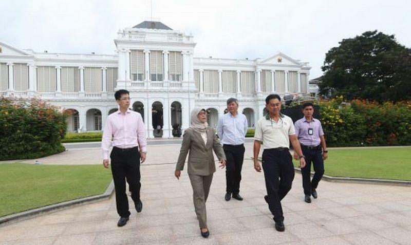 https: img-z.okeinfo.net content 2017 09 14 18 1776073 jadi-presiden-singapura-halimah-yacob-ingin-berbagi-istana-dengan-warganya-jmzFQ9Iuyo.jpg