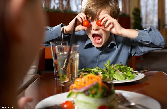 https: img-z.okeinfo.net content 2017 09 14 298 1775588 waduh-dengan-alasan-ini-banyak-restoran-di-amerika-melarang-orangtua-membawa-anak-dibawah-usia-7-tahun-oNLWyFtXTw.jpg