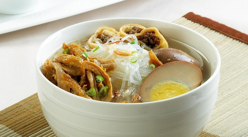 https: img-z.okeinfo.net content 2017 09 19 298 1778900 resep-nenek-timlo-hidangan-khas-solo-yang-sedap-dan-hangat-simak-resep-dan-cara-membuatnya-yuk-vfs4AsiRsC.jpg