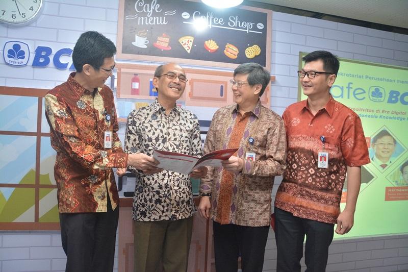 https: img-z.okeinfo.net content 2017 09 26 426 1783078 majukan-dunia-usaha-indonesia-ikf-vi-dukung-inovasi-dan-kreativitas-berbasis-digital-MCZKygtkRW.jpg