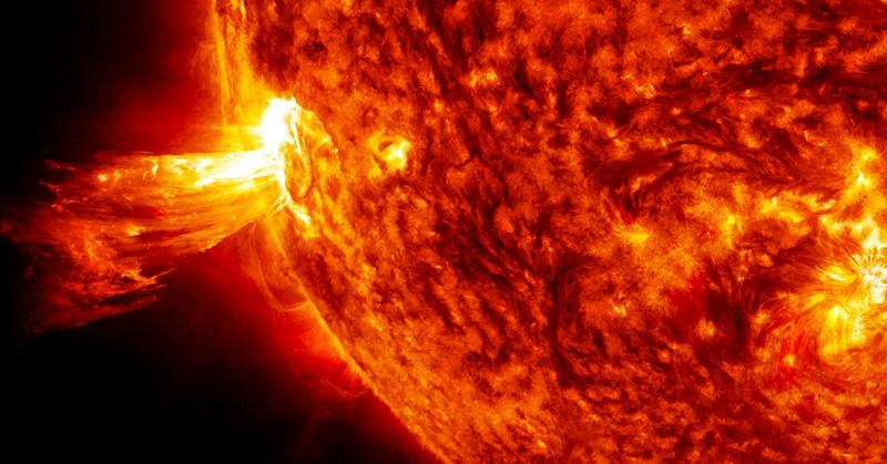 https: img-z.okeinfo.net content 2017 10 07 56 1790885 luar-biasa-ilmuwan-gunakan-pelindung-magnetik-untuk-lindungi-bumi-dari-solar-flare-Zg1E4sYN4m.jpg